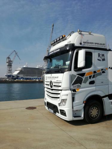 Fleet Mercedes Benz Actros 2012 03